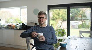 Man-kitchen-alone-tea