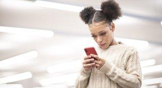 teen-texting-phone