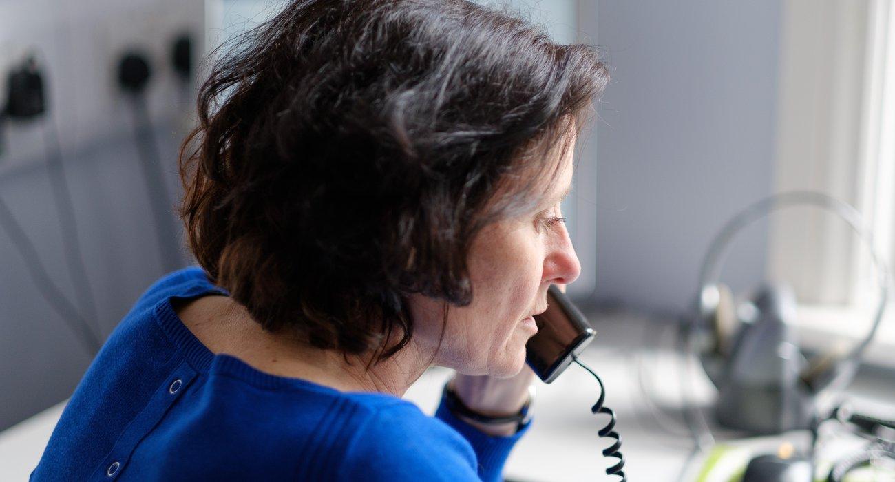 Coventry stock femail volunteer on phone.jpg