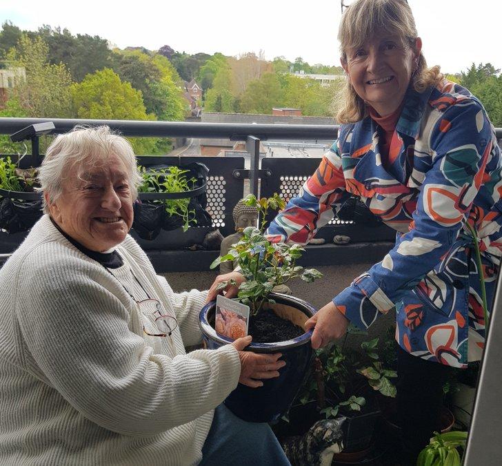 Mavis Hallett and Barbara Denyer